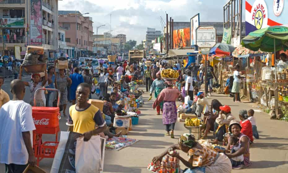 Vendors on a busy street in Accra.