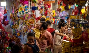 Hanoi residents shop for the recent mid-autumn festival.