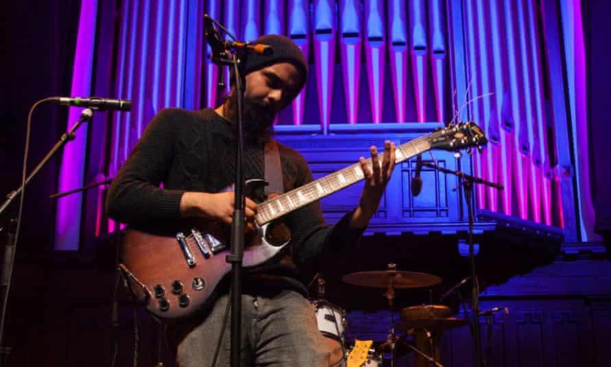 Kapil Seshasayee performing in 2018.