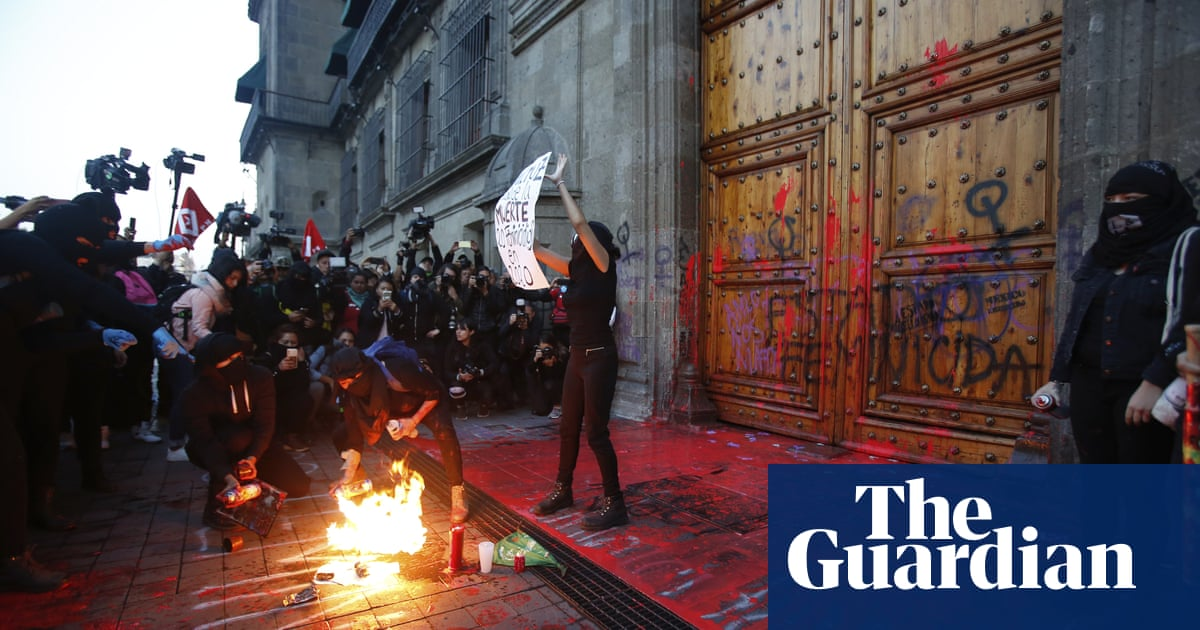 'It fills us with rage': Mexican activists protest femicide at presidential palace