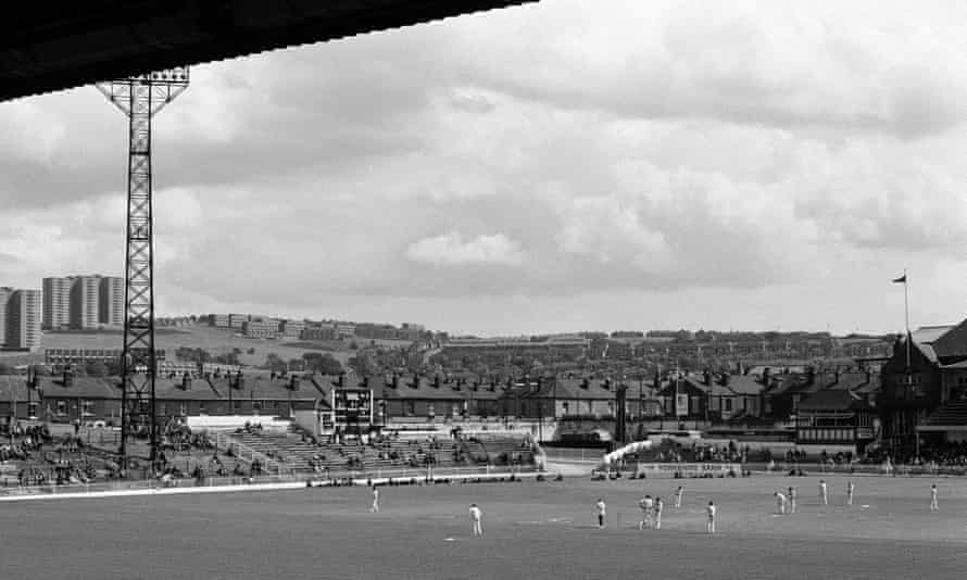 The August 1973 Roses match, Bramall Lane's final cricketing bow, fizzled out into a rain-affected draw.