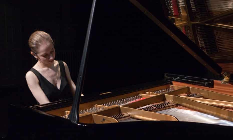 Tamara Chitadze playing Shugliashvili's Grand Chromatic Fantasy for three pianos