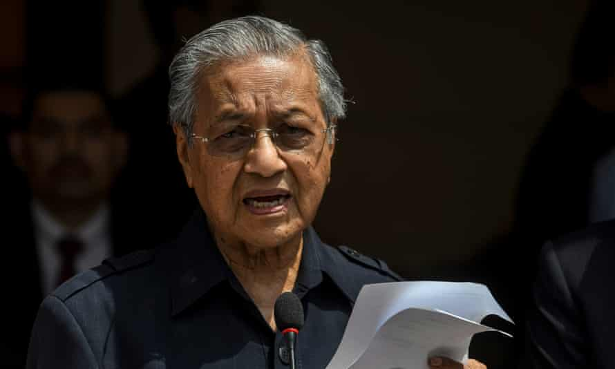 Mahathir Mohamad gives a press conference following his re-election as prime minister.
