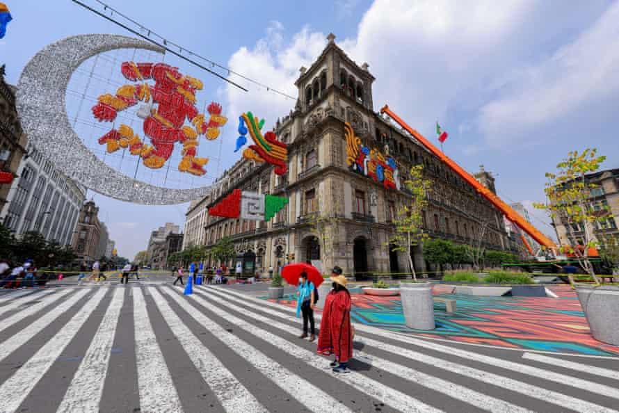 Mexico City se chystá oslavit výročí pádu aztéckého hlavního města Tenochtitlan.