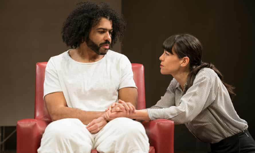 Daveed Diggs and Zoe Winters in White Noise.