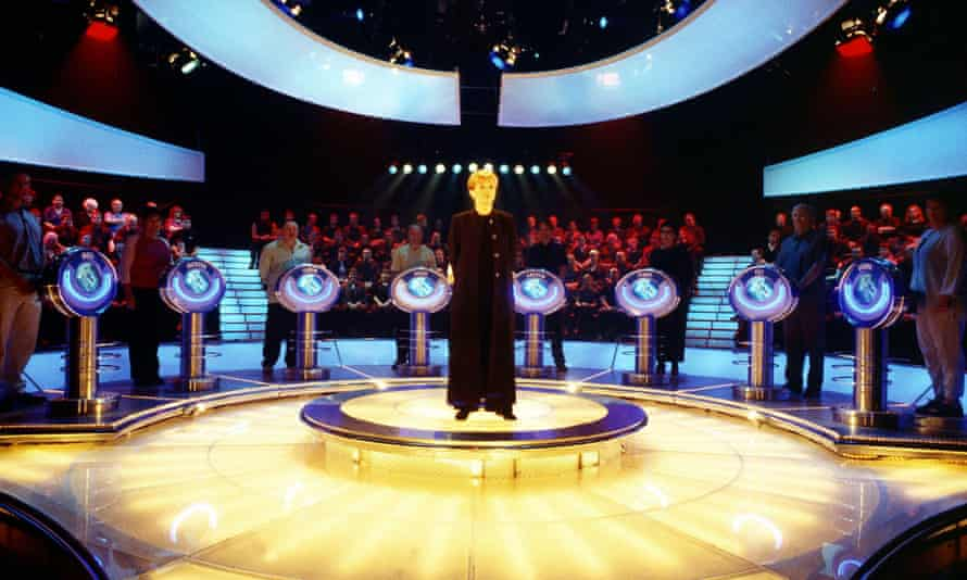 Anne Robinson on the set of The Weakest Link in 2001.