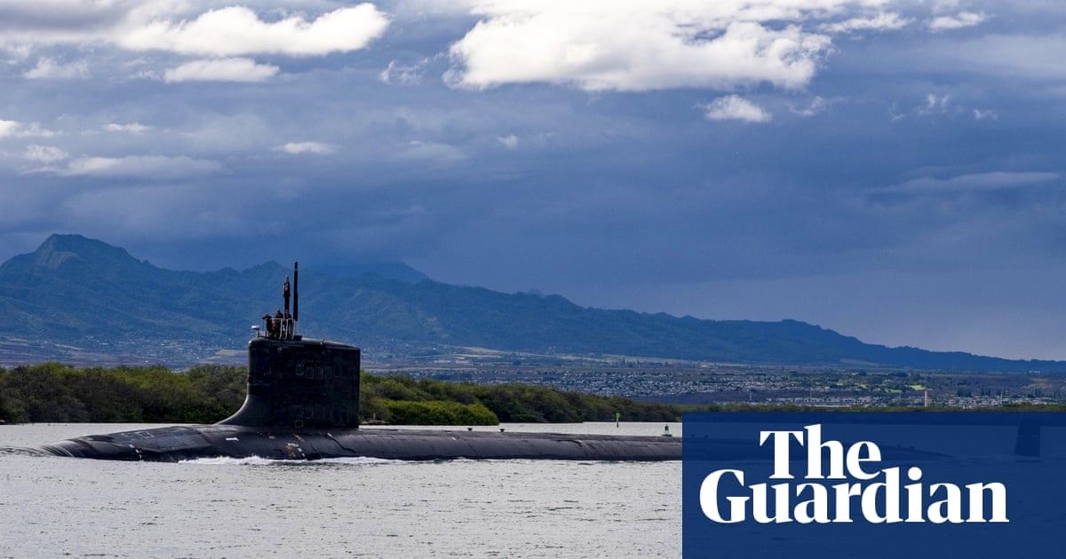 US navy engineer charged with trying so sell nuclear submarine secrets