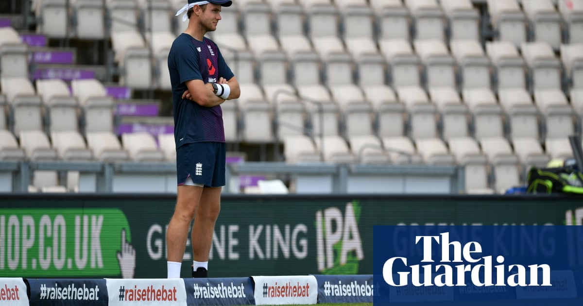 England need to explore the depth of their bowling options at Old Trafford