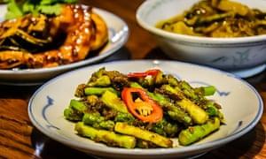Asparagus stir-fried with fermented durian.