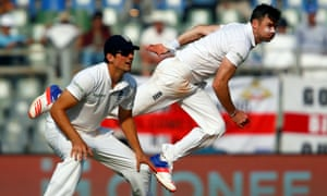 Jimmy Anderson, right, has gone wicketless in this Test but supported his captain, Alastair Cook.