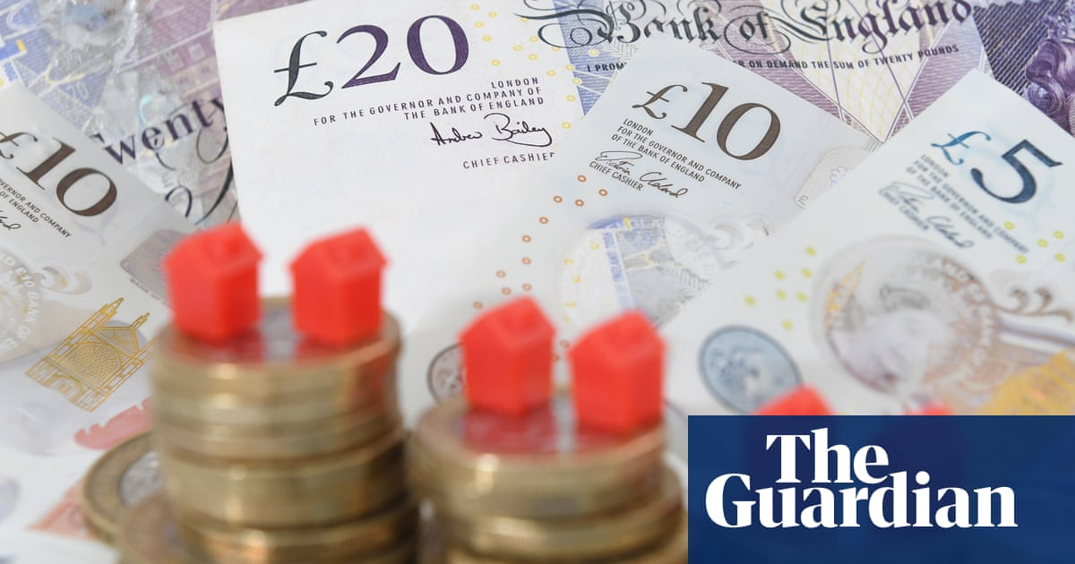 Britain's homes could be worth £9.2tn on open market, report shows