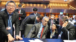 Todd Stern, US, with Su Wei and Zhenhua Xie, China at COP18 in Doha, December 2012.