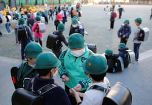 Kumagai chats with friends in the playground