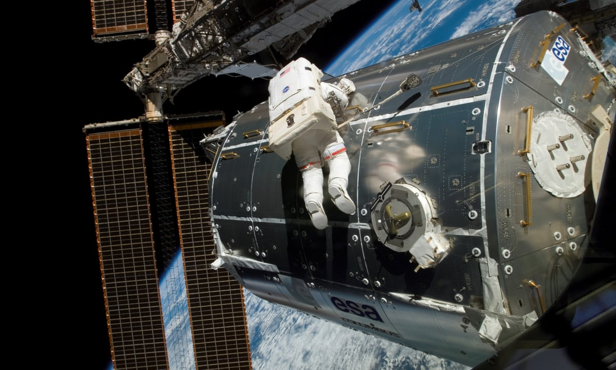 International Space Station by David Nixon review ...
