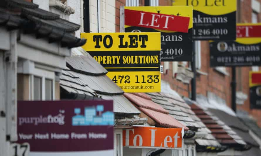Asking rents in London fell by 4.4% in 2016, according to property website Rightmove.