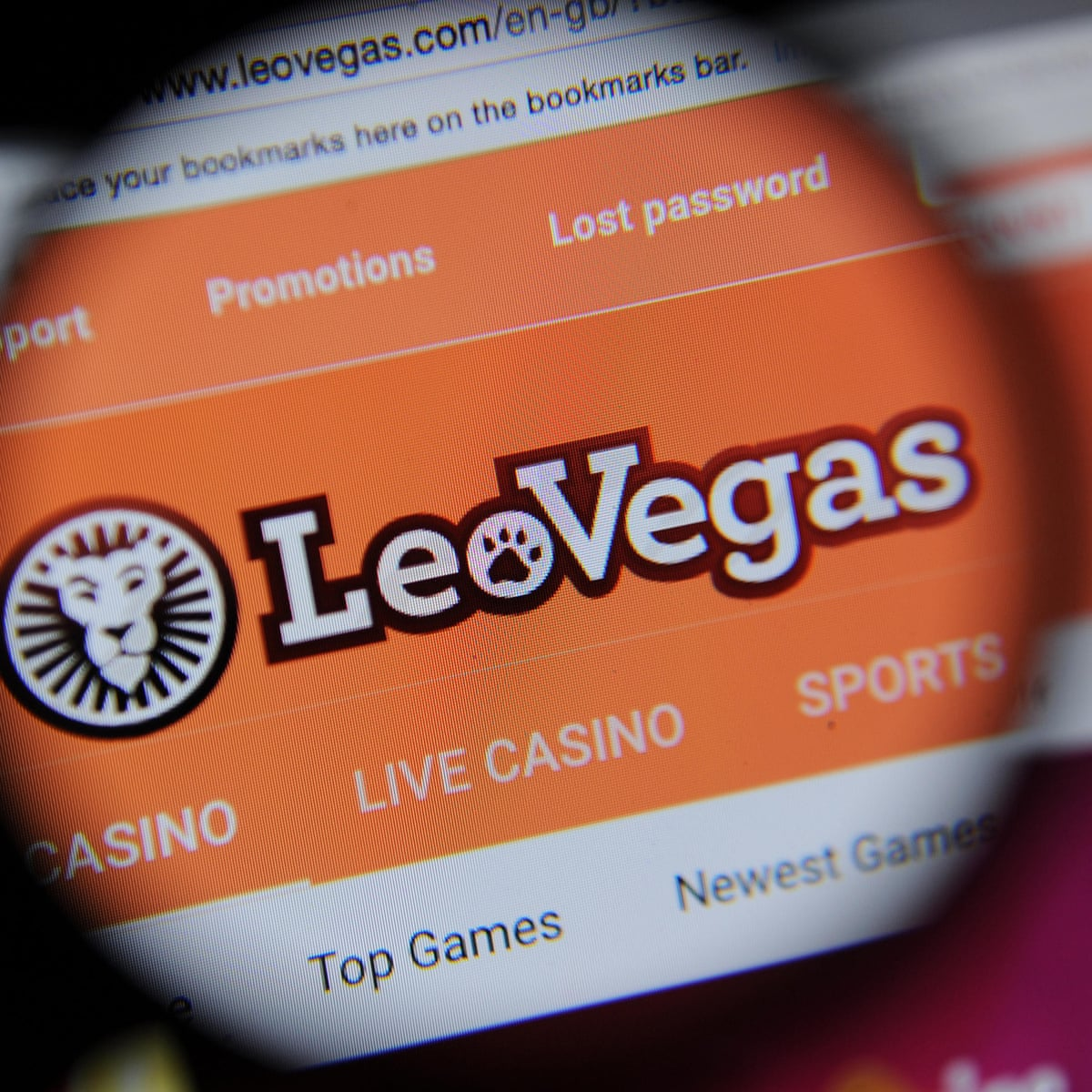 Online Casino Goaded Addict To Gamble Away 20 000 On Sister Site