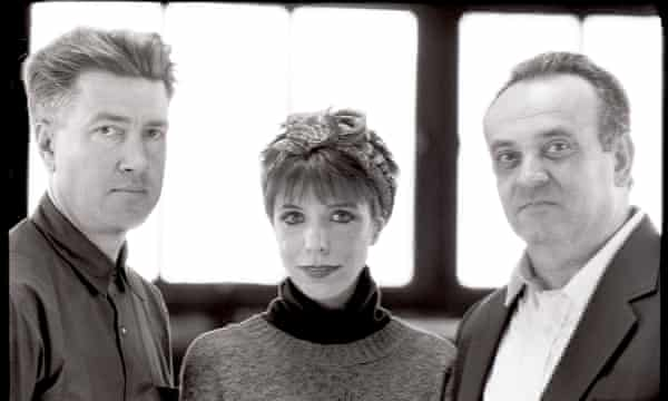 'When music comes together, it makes me hopeful for mankind' … Lynch in 1989, with Julee Cruise and Angelo Badalamenti, singer and composer of the Twin Peaks theme.