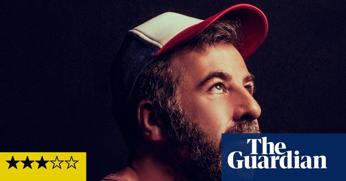 Brighton Comedy Garden review – David O'Doherty brings the fireworks