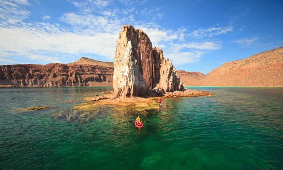 A paddle around Isla Espiritu Santo, La Paz, Mexico.