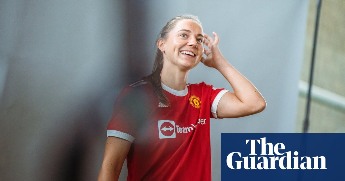 Manchester United Women sign Vilde Bøe Risa but search for manager goes on