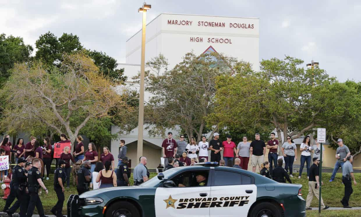 Florida schools reject law to allow teachers to carry guns