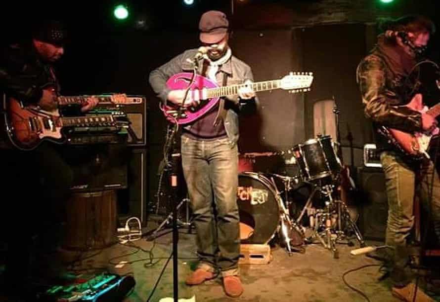 Still shoegazing: the Veldt play New York.