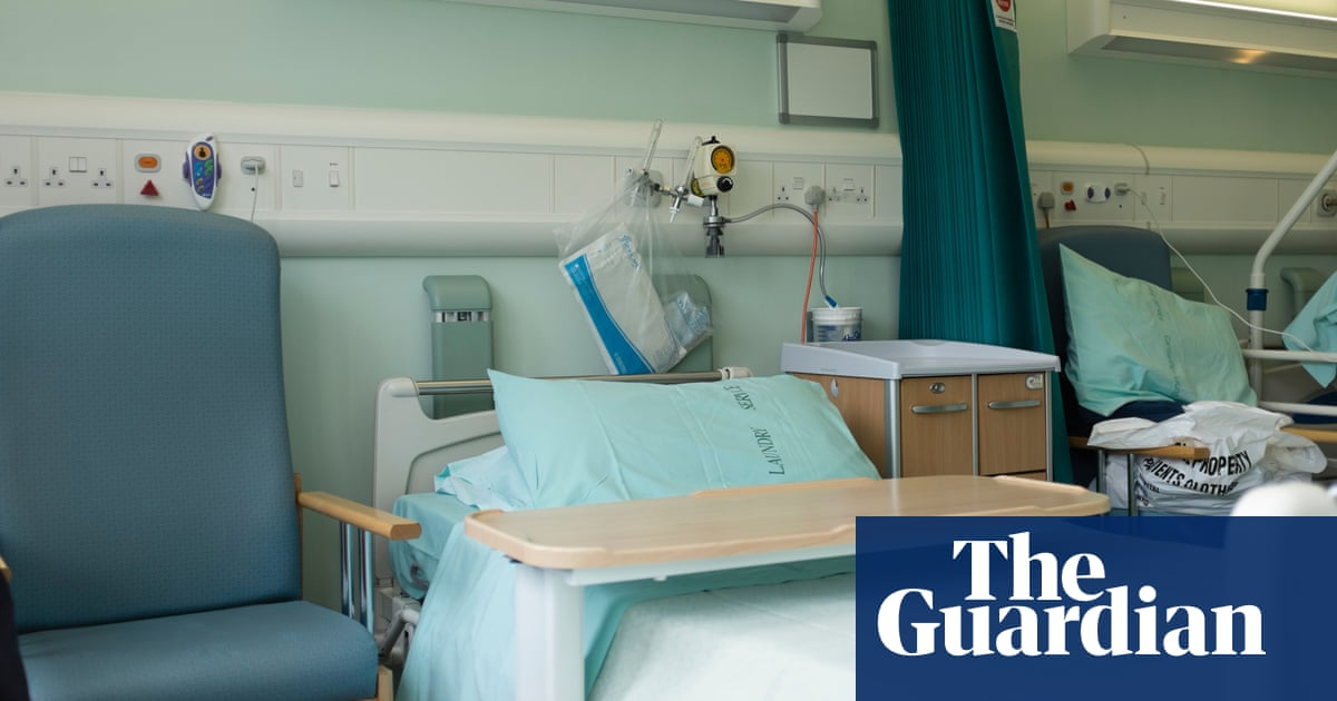 Fixing NHS waiting times could cost £40bn, leaked No 10 estimates show