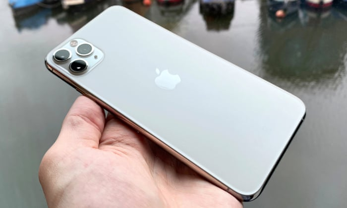 Iphone 11 Pro Max Review Salvaged By Epic Battery Life Iphone The Guardian