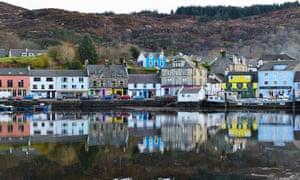 The fishing village of Tarbert on Loch Fyne.