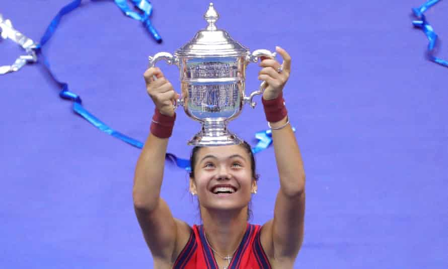 Emma Raducanu celebrates with her trophy after winning the 2021 US Open Tennis tournament in New York.