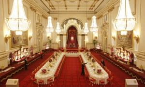 The state banquet hall at Buckingham Palace