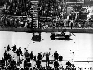 Louis Meyer wins in 1936