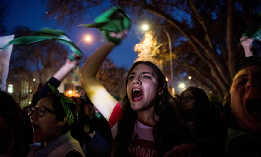 Activists in favour of the legalisation of abortion demonstrate outside the Argentine embassy in Chile