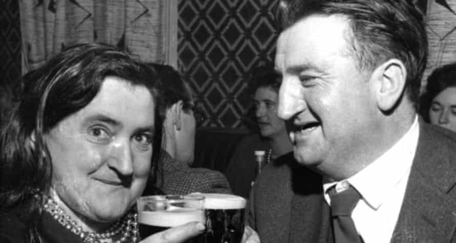 Margaret Barry with Guinness … and Brendan Behan.