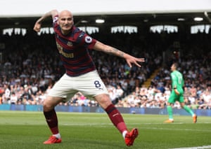 Newcastle's Jonjo Shelvey celebrates scoring his side's opening goal against Fulham at Craven Cottage.