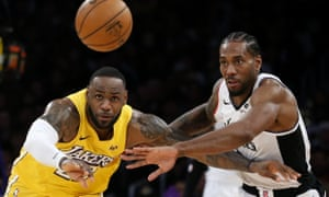 Lakers Lebron James Aggravates Groin Injury In Christmas