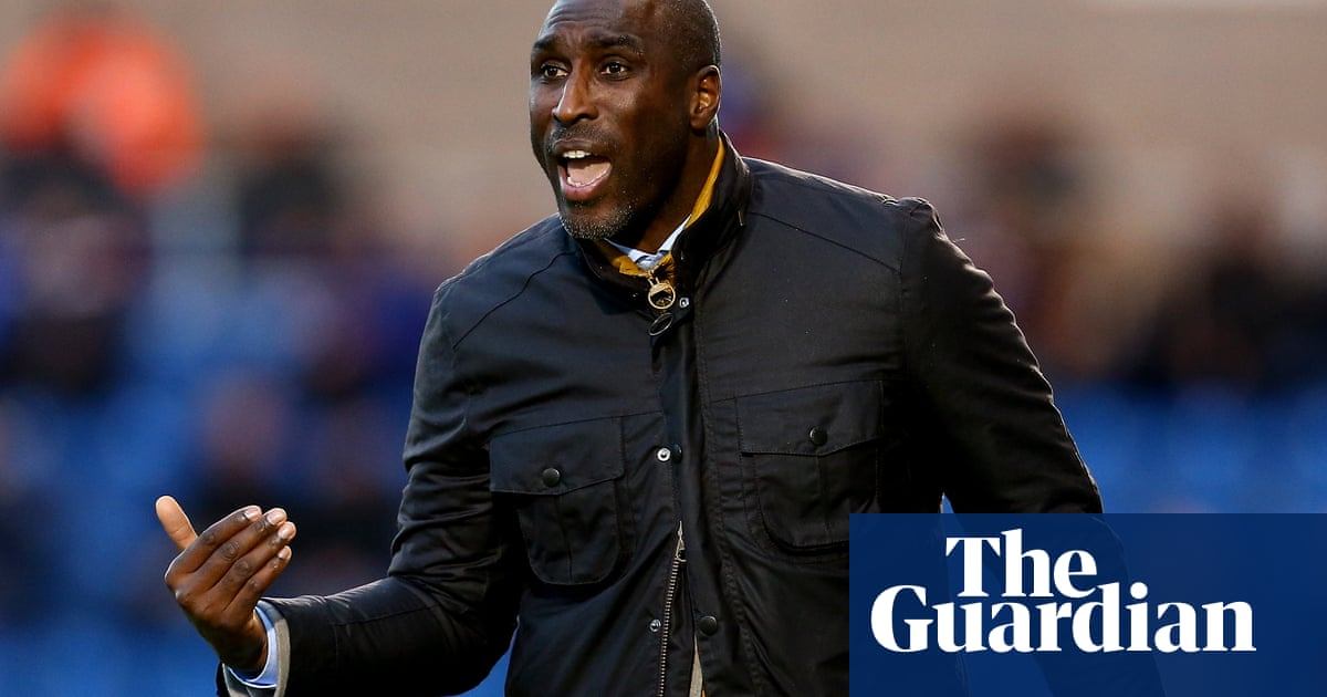 Sol Campbell leaves Macclesfield by mutual consent after eight months