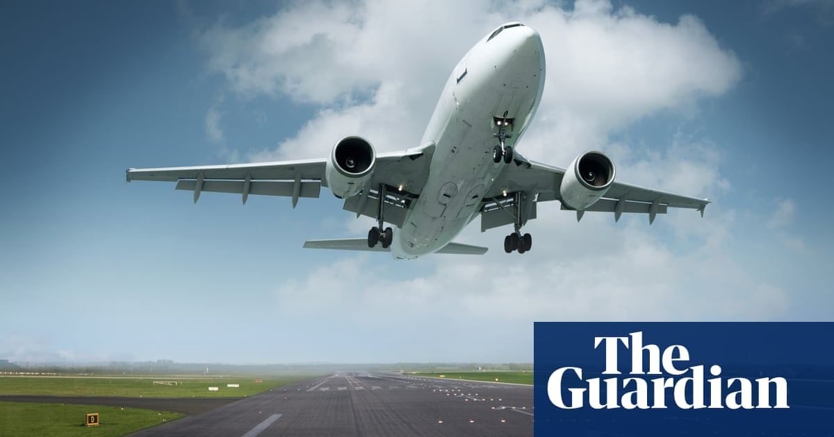 'The plane is too heavy' – and readers other budget airline disasters