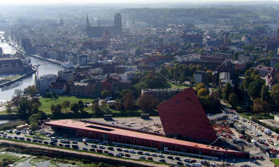 The museum's striking design has made it a landmark in Gdańsk. Its design can be seen in this aerial, wideangle view.