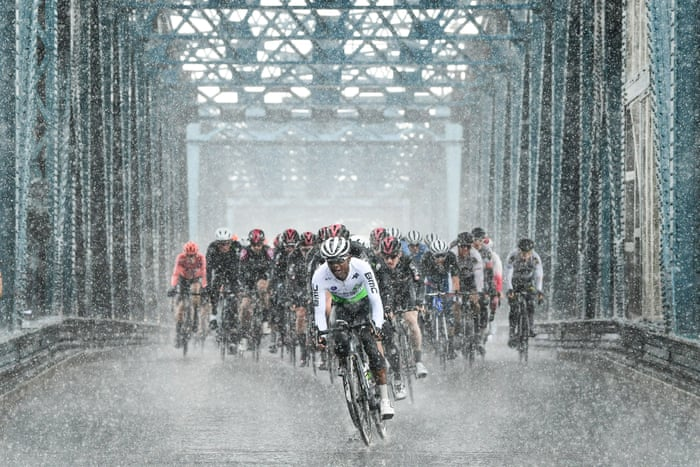 Soggy Start For Team Ineos In Tour De Yorkshire As Asselman Clings On Tour De Yorkshire The Guardian