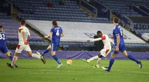Abdallah Sima doubles Slavia's lead.