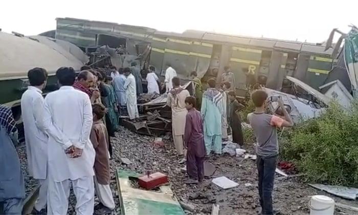 Pakistan train crash: dozens killed as express services collide,harbouchanews