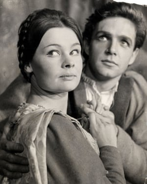 Judi Dench John Stride in in the title roles of Shakespeare's Romeo and Juliet at the Old Vic theatre, London, directed By Franco Zeffirelli, 1960.