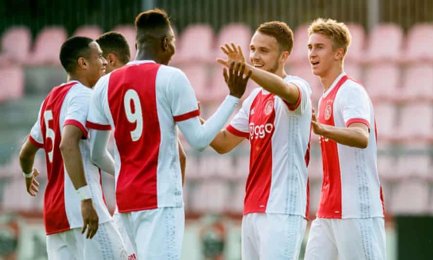 The Jong Ajax side that won the Eerste Divisie in 2018.
