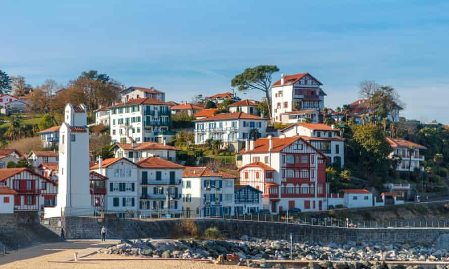 Saint-jean-de-luz, France views of the typical houses located in the coastal area