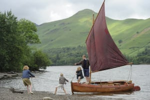 the Walker children afloat in Swallows And Amazons.