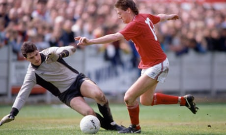 When England turned up at Aylesbury United for a pre-Euro 88 friendly | Barry Glendenning