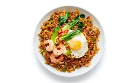 How to cook the perfect nasi goreng – recipe