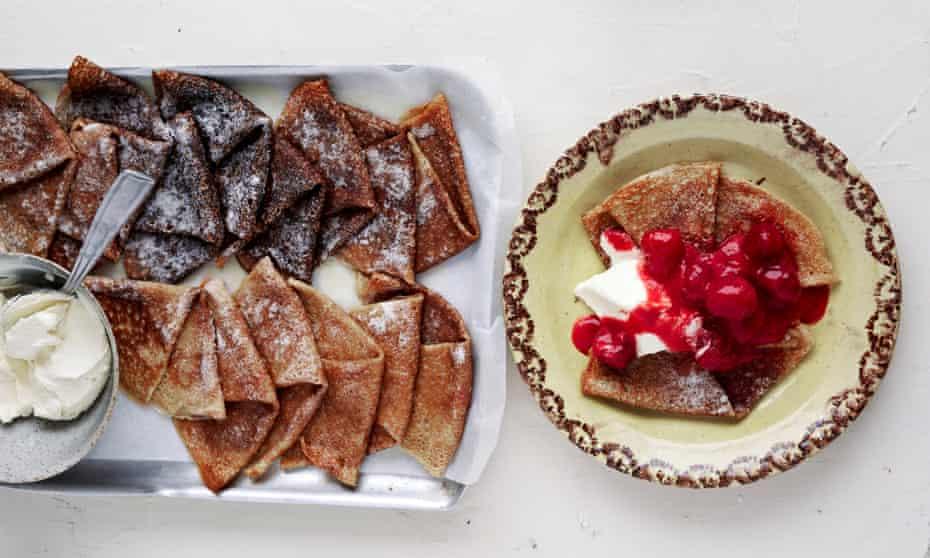 Raspberry crepes with mascarpone cream.
