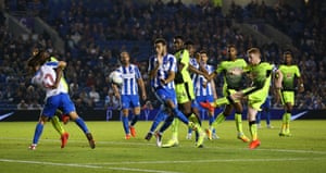 Stephen Quinn thumps home the opening goal of the game and give Reading the lead.
